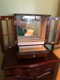 Brown wooden jewelry box with mirror Easton, 18045