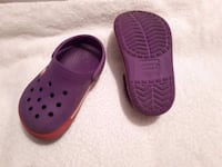 Crocs size 6-7 toddler  Laval, H7W