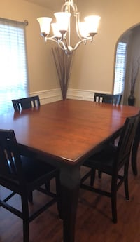 Solid wood table with leaf and 4 chairs  Jenks, 74008