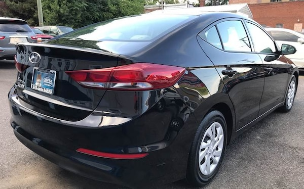 Hyundai Elantra 2018 51a9d9bb-d2fa-4047-8dad-274be7a85c59