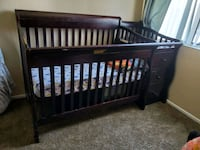 Baby crib with 3 drawers and changing table shelf  Victorville, 92392