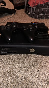 black Xbox 360 console with controller Waukee, 50263