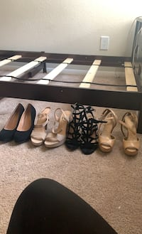 4 pairs of size 7.5 heels  Centreville, 20120