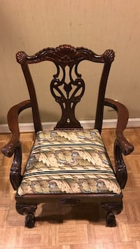 4 Dining room chairs Nashville, 37215