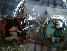 Animated female character-print pins
