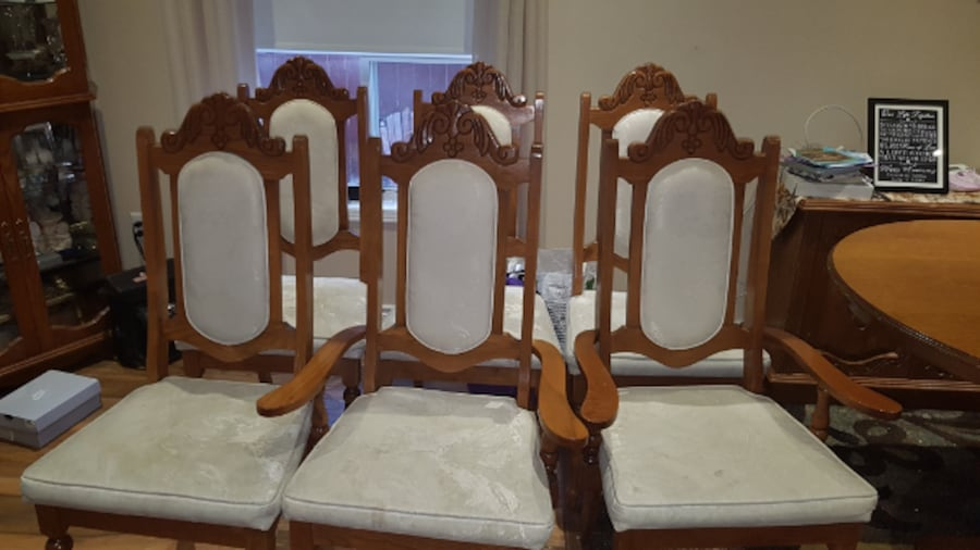 Solid Wood Dining Room Chairs 9dabf965-b68a-4712-9c34-8a0337ec976d