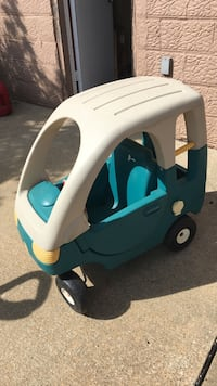 Green and white Little Tikes cozy coupe Weirton