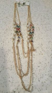 Beautiful neckless with ear rings. Edmonton, T6V 0L6