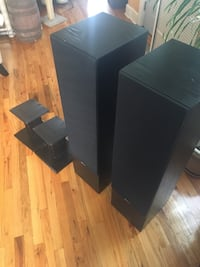 Boston  Acoustics T1000 Speakers with Stands