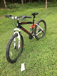 black and red hardtail mountain bike Hyattsville, 20782