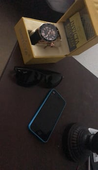 invicta watch and ray ban glasses with iphone 5c Woodbridge, 22191