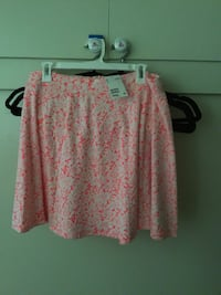 White and pink floral print skirt