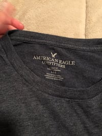 Men's size L American eagle top