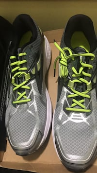 pair of black-and-green running shoes Columbia, 21045