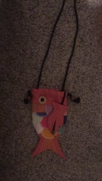 fish purse  with coin purse East Wenatchee, 98802