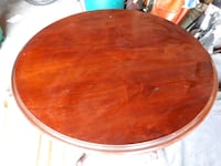 round brown wooden dining table Markham, L3T 5R6