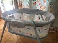 Fisher Price Stow n' Go Bassinet Bethesda, 20814