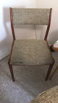 Chair (2) 10 a piece or 2 for 15 Gainesville, 32606