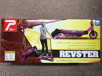 Revster rechargeable power scooter new in box Sevierville, 37862