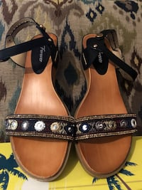 pair of brown-and-black leather sandals Plant City, 33565