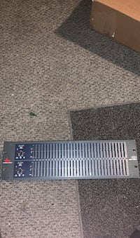 Dbx 1231 2 channel 31 band equalizer