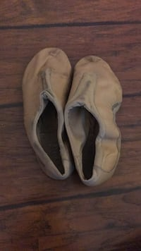 size 8 bloch jazz shoes Benicia, 94510