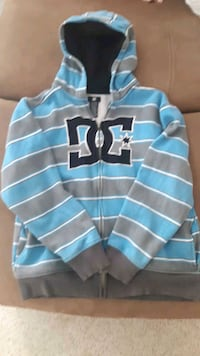DC HOODIE YOUTH SZ 12-14   *reduced* Calgary, T3L