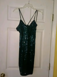 Size 10 short sequined Hunter green gown Stafford, 22554
