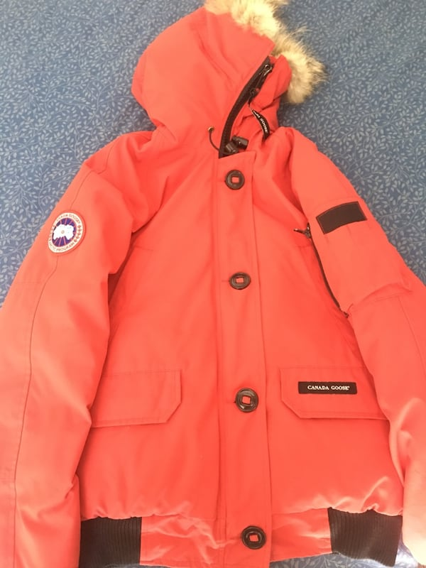 Canada Goose. Women's size M 0