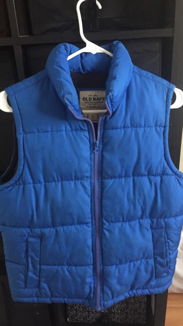 d4525f4b5aa37 Used blue Old Navy bubble vest for sale in New York - letgo