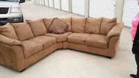 brown fabric 3-seat sofa Albuquerque, 87158