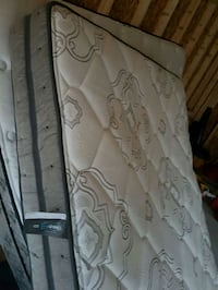 KING SIZE pillow top mattress and split box 250.00 London, N6J 1W6