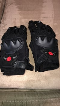 Padded riding gloves Worcester, 01603