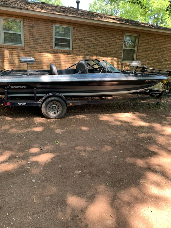 Boat and trailer for sale 530533ba-2cdc-4198-924f-c7c3b104618a