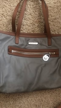 black and brown leather tote bag Bakersfield, 93311