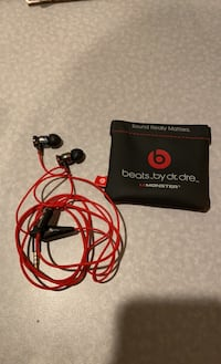 Monster iBeats by Dr Dre Purcellville, 20132