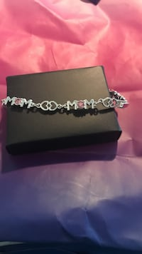 Mom bracelet  Morristown, 37814