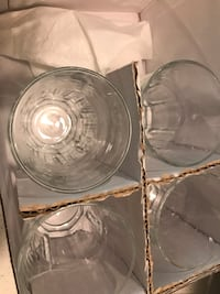 Four clear glass bowls with box Mercer Island, 98040