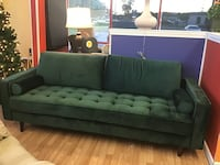 Brand New Emerald Green Tufted Sofa  Virginia Beach, 23462