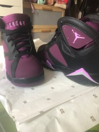 AIR JORDAN RETRO 7 - size 7Y Richmond Hill, L4S 2H2