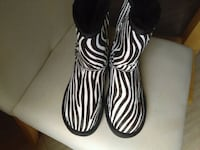 Boots UGG zebra Youngstown, 44506
