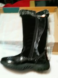 black leather side zip boots Norfolk, 23509