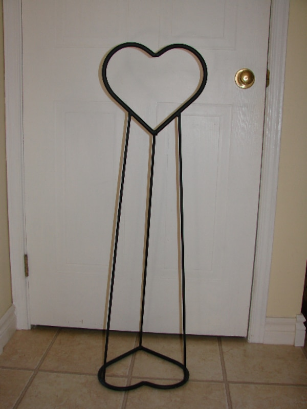 "Blanket Holder - Wrought Iron 39"" tall"