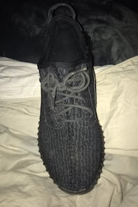 Mens adidas Yeezy Boost 350 size 11