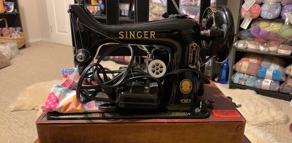 Antique Singer 99k electric sewing machine with case and pedal