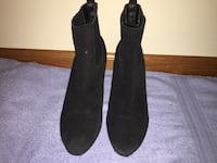 docle vita heel boots. only worn a few times. contact me for a reasonable price. Lincoln