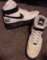 Nike Air Force 1's Arnold, 21012