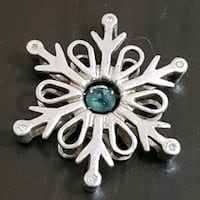 Snowflake silver pendant New Westminster, V3M 4W1