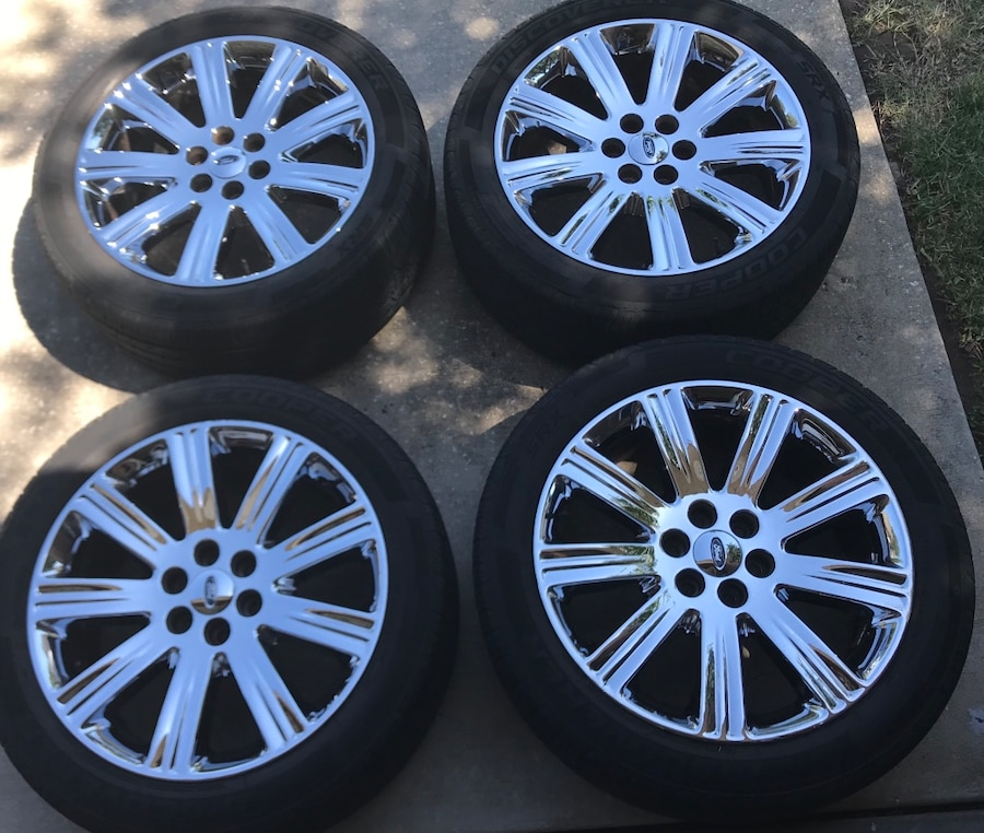 Photo Ford F150 / Expedition Wheels and Tires