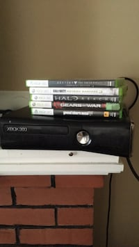 Xbox 360 with games Halifax, B3N 2S8